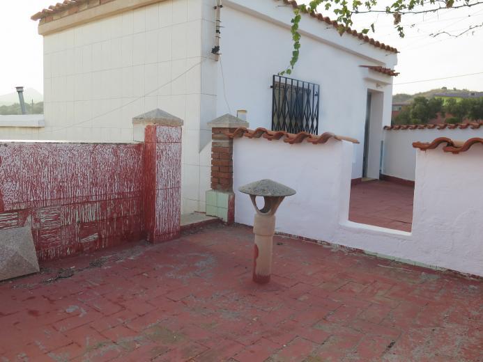 Imágenes de dos viviendas contiguas unidas Inspiración en la mente - DOS VIVIENDAS UNIDAS CON GARAJE CAMINO A LOS MATEOS
